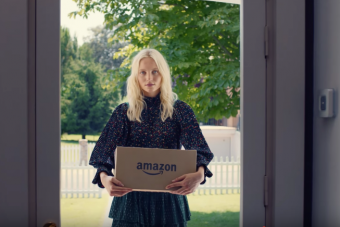 Delivering_Fashion___Amazon_Fashion_EU_-_YouTube