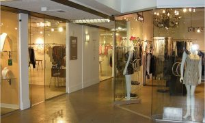 luxuries-retail-175706_241014